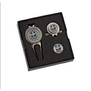 Boxed Golf Set w/Divot Tool, Hat Clip & Extra Ball Marker